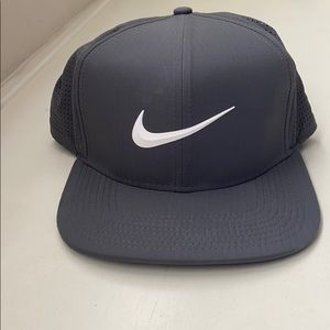 Nike Pro dry fit golf hat